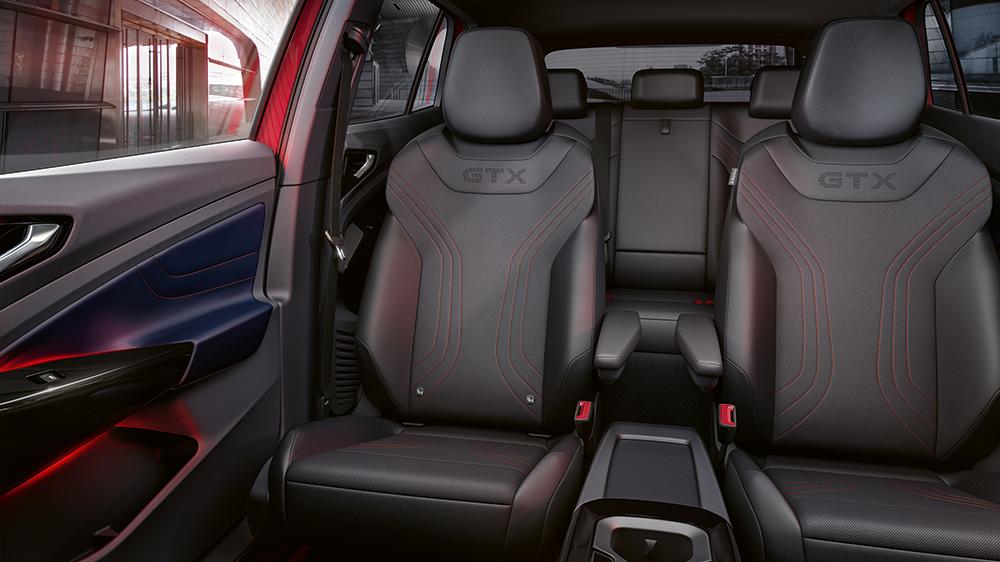 ID4-GTX-interior.png